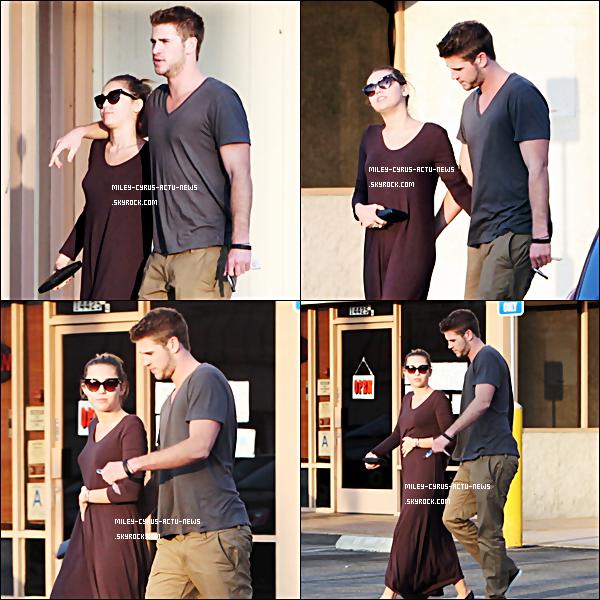24.09.11 - Miley a été manger a I-Wata en compagnie de Liam .TOP OR FLOP ?