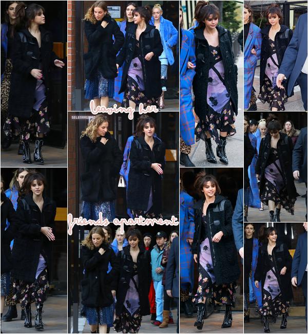 13/02/18 : Selena Gomez a été vue quittant l'appartement de ses amis à New York.  Je n'aime toujours pas sa robe mais j'aime bien son manteau. Je lui accorde un petit bof! Ton avis?