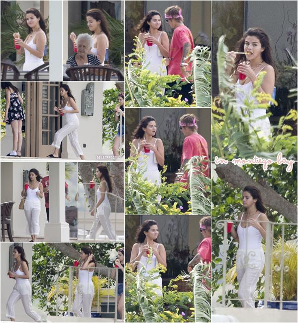 20/02/18 : Selena Gomez à été aperçue avec Justin Bieber dans Montego Bay, en Jamaïque. De nouveau, les photos ne sont pas de très bonne qualité. J'accorde tout de même un top à Selena! Ton avis?