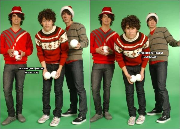 Photos 2007 Je vous présente des photos des Jonas Brothers, photographiée par « un photographe professionelle » dont je n'ai pas réussis à trouver le nom et le prénom :/
