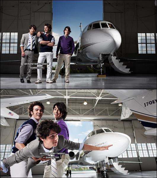 Photos 2008 Je vous présente trois photos des Jonas Brothers , photographiée par « Joel Lawrence for Forbes »