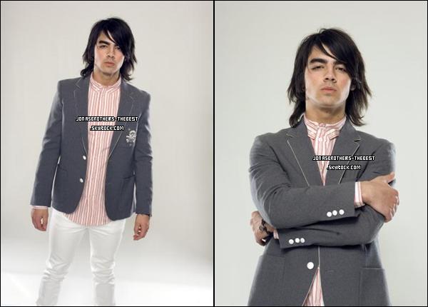 Photos 2008 Je vous présente des photoshoots de Joe Jonas , photographiée par « Matthias Nordiek for PR »