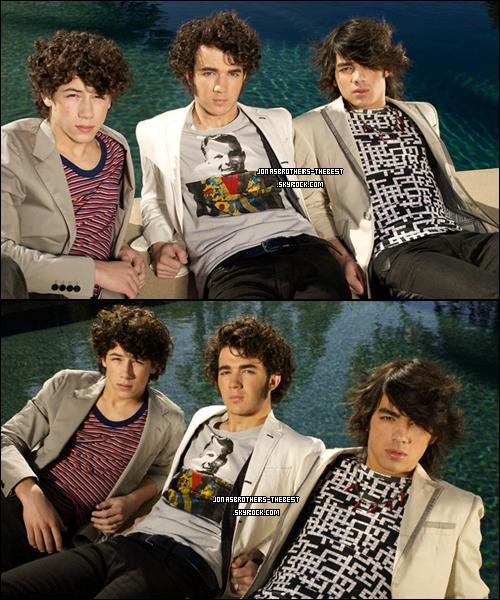Photos 2008 Je vous présente des photoshoots des Jonas Brothers, photographiée  par « Matthias Vriens for Teen Vogue »