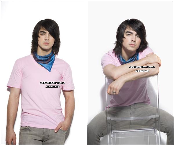 Photos 2008 Je vous présente deux photos de Joe Jonas, photographiée  par « Mike Ruiz for Teen Magazine »