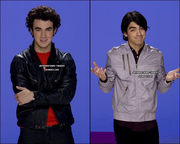 Photos 2008 Je vous présente deux photoshoots des Jonas Brothers, photographiée  par « Unknown for TigerBeat/BOP Magazine »