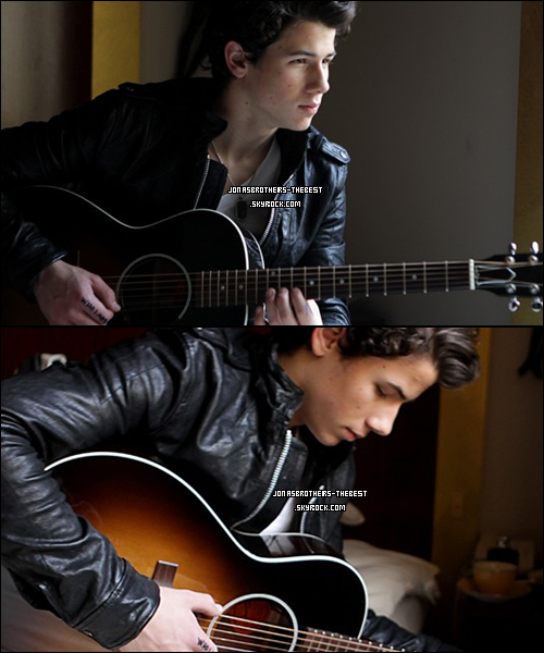 Photos 2009 Je vous présente des photoshoots de Nick Jonas, photographiée  par « Olaf Heine & Rob Hoffman for Nick Jonas and the Administration »
