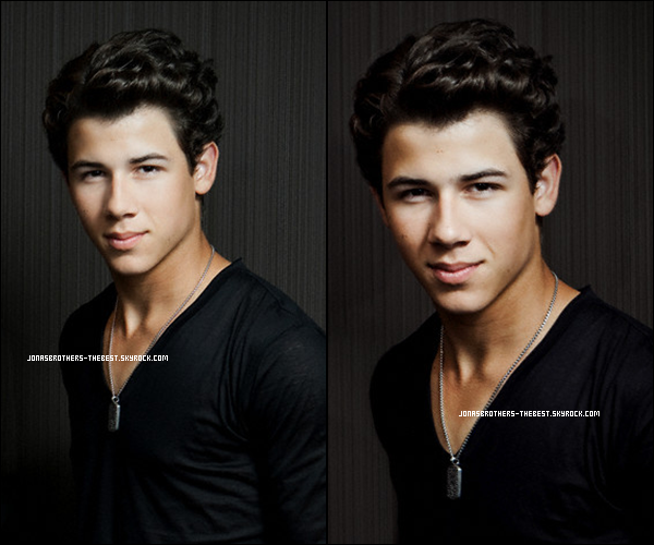 Photos 2009 Je vous présente deux photoshoots de Nick Jonas, photographiée  par « Ben Ritter for I Heart Radio Portraits »