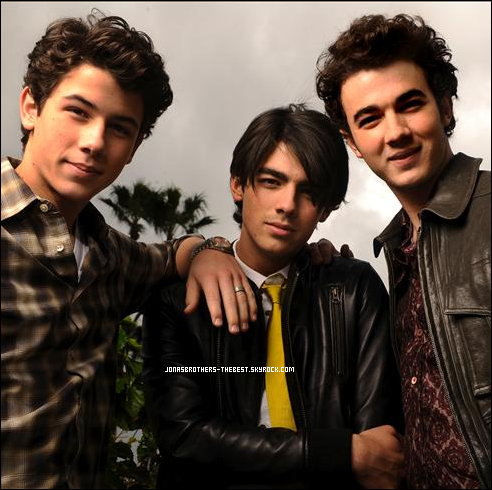 Photos 2009 Je vous présente des photos des Jonas Brothers, photographiée  par « Robert Hanashiro for USA Today