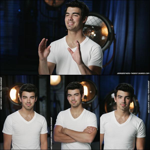 Photos 2010 Je vous présente des photos de Joe Jonas, photographiée par la production de Disney Friend's For Change
