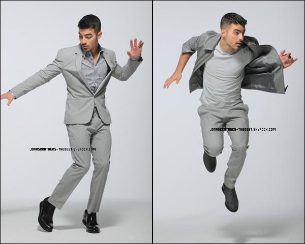 Photos 2011 Je vous présente quatres photoshoots de Joe Jonas, photographiée par  Calvin Klein