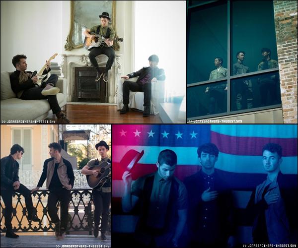 """Photos 2013 Je vous présente des photos des Jonas Brothers , photographiée par Walden Brothers pour l'album """" First Time """""""