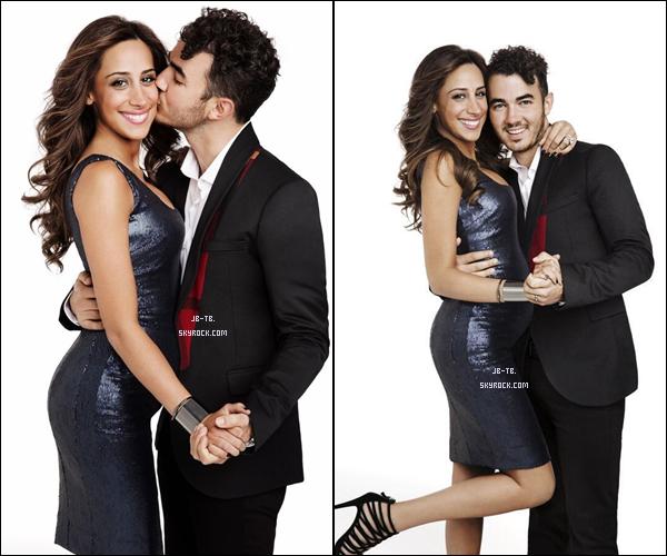 """Photos 2013 Je vous présente trois photos du couple Kevin Jonas et Danielle Delesea , photographiée pour """"Fit Pregnancy Magazine"""""""