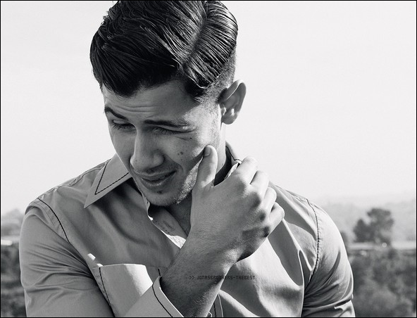 """Photos 2015 Je vous présente des photos de Nick Jonas, photographiée par Michael Schwartz pour """"Icone Magazine"""""""