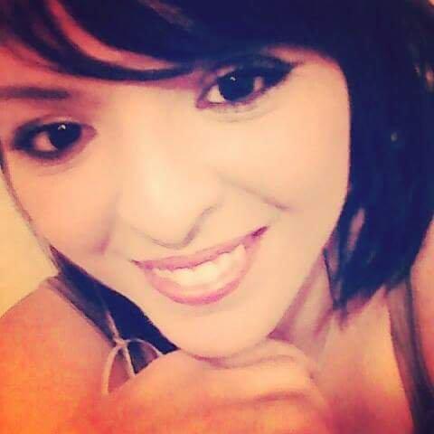 Une nouvelle photo de moi avec le sourire. 😊😘😘