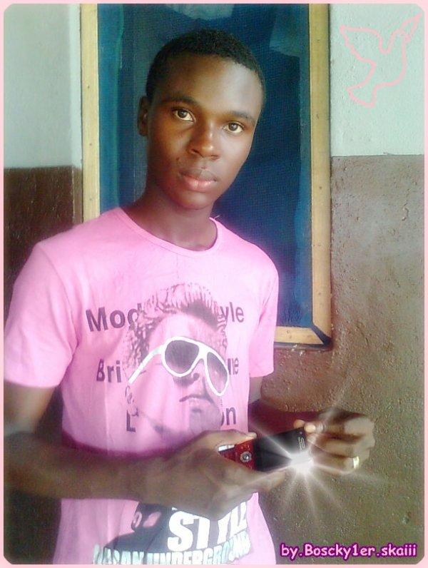 xx-petit-Gbagbo-xx-garçon erotic-xx
