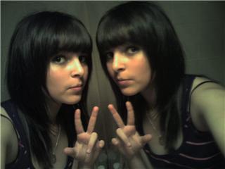 Blog de aliciiiia x3 generatiion dune enfance rateii u for Sarah riani miroir miroir parole