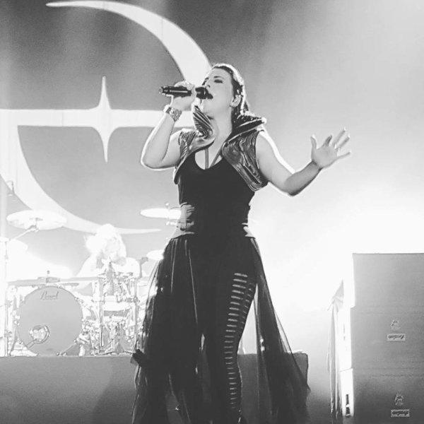 Review : Evanescence - Net Live tonight, Brasilia/BR 20/04/17  Partie I