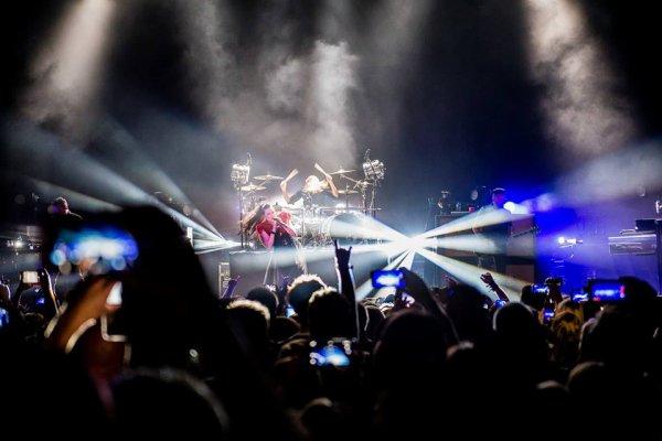 Review : Evanescence - O13 Tilburg/Pays Bas 17/06/17  Partie I