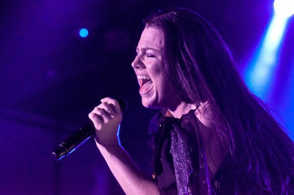 Review : Evanescence - Torwar,Warsaw/Pologne 20/06/17  Partie III