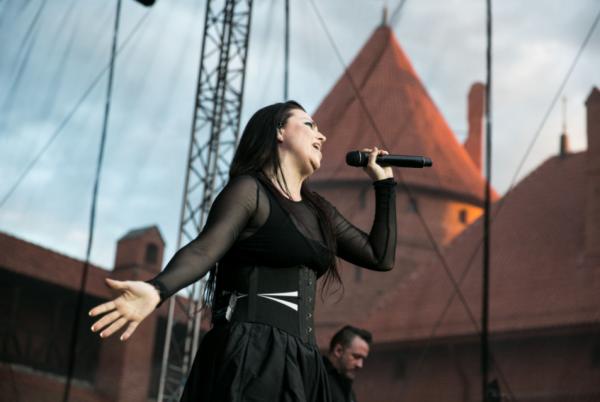Review : Evanescence - Trakai Summer Castle Festival/Lituanie 21/06/17  Partie II