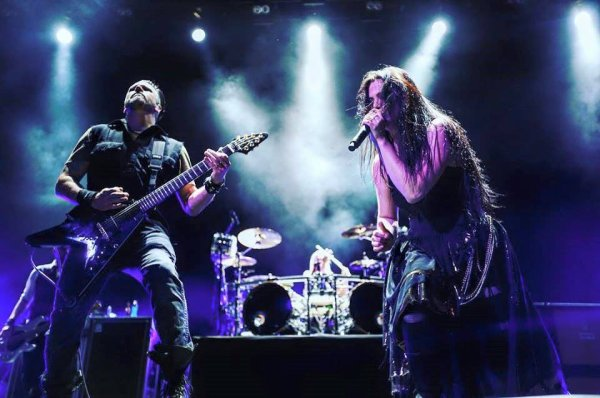 Review : Evanescence - Stadium Live Moscou/Russie 24/06/17  Partie I