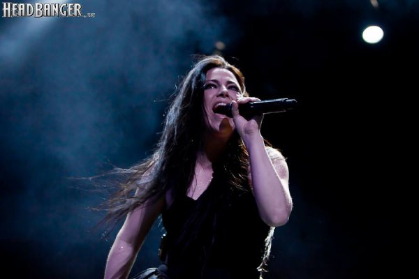 Review : Evanescence - Stadium Live Moscou/Russie 24/06/17  Partie II