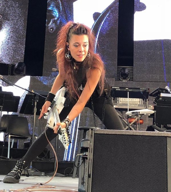 Review : SynthesisLive/Ft Lindsey Stirling - Woodlands 25/08/18 Partie I
