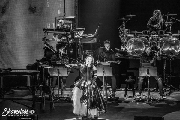 Review : SynthesisLive/Ft Lindsey Stirling - Mountain View 05/09/18 Partie III