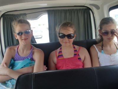 moi et mes deux sisters :: Amel et Cyrine
