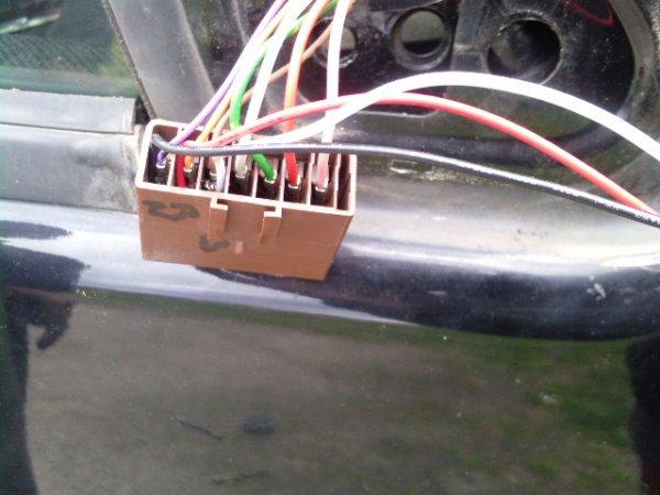 Montage retro electrique avec clignotant, utilisation des cosses pour ne pas sectionné le systeme d'origine