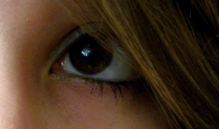 """""""Regarde la lumière et admire la beauté. Ferme l'oeil et observe. Ce que tu as vu d'abord n'est plus et ce que tu verras ensuite n'est pas encore"""""""
