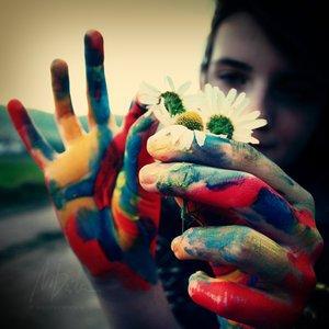 Je suis seu le main tenant . .