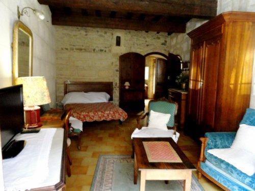 Appartement ** du rez de chaussée avec patio, wifi et climatisation