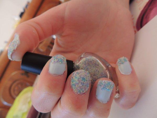 ✦ La manicure Pearls de chez Claire's. ✦
