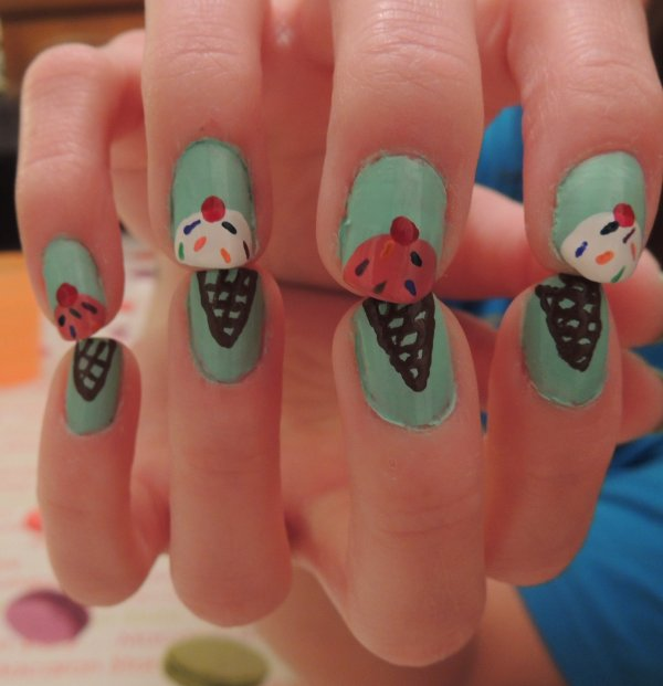 ✦ Ice cream nails. ✦