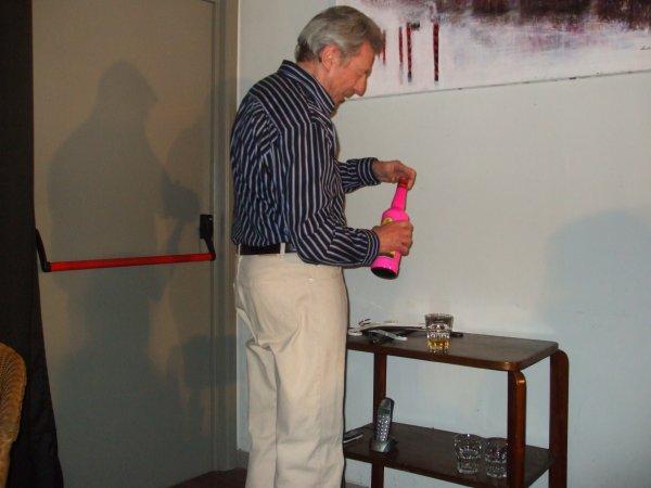 Au théâtre ponctuel, présente La visiteuse d'un soir d'André Van Laethen.