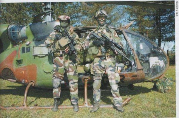 FORCES SPECIALES FRANCAISES : LE 1er RPIMa