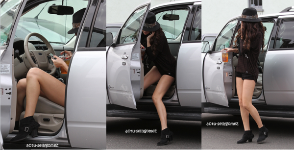 2 février 2013 : Selena sortant du restaurant Panera Bread, à Los Angeles