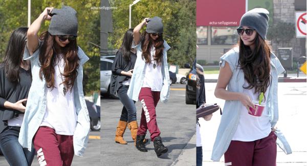 Selena fait la couverture du Harper's Bazaar