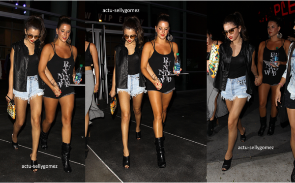 1er juillet 2013 : Selena quittant le concert de Beyoncé avec des amies, à Los Angeles