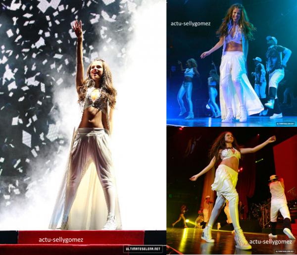 23 août 2013 : Selena a fait un concert incroyable à Montréal, au Canada
