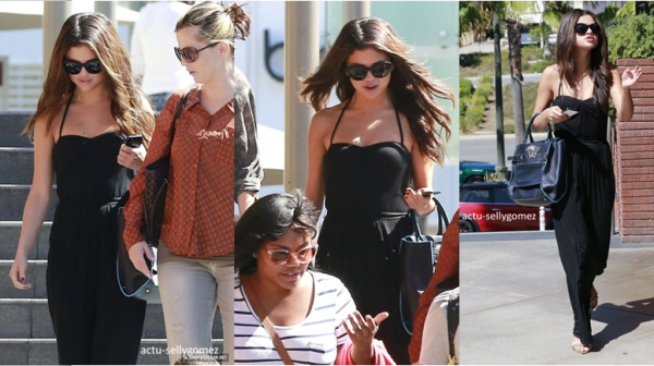 30 septembre 2013 : Selena s'est rendue au RockSugar Pan Asian Kitchen avec sa mère et des amies à Century City, en Californie