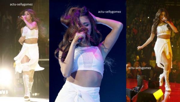 3 novembre 2013 : Selena a fait un concert à Dallas, au Texas