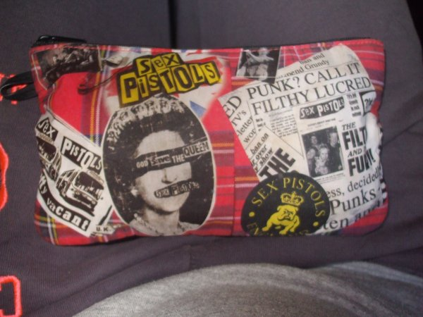 "#Trousse ""Sex Pistols""."
