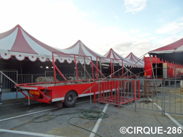 Cirque Maximum 2014 (COPIE INTERDITE)