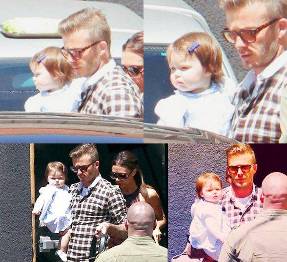 Harper fête l'anniversaire de sa Mummy avec son papa. :p   17.04.2012.
