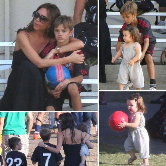 Harper & Mummy regardent les 3 boys jouer à L.A. le 29.09.2012