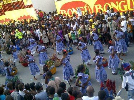 le 28 ,29 ,30 juillet 2013 carnaval des fleures en haiti cooolllllllllllllllllllllllllll