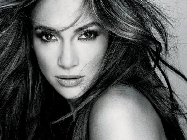 Jennifer Lopez pour Loréal Paris.