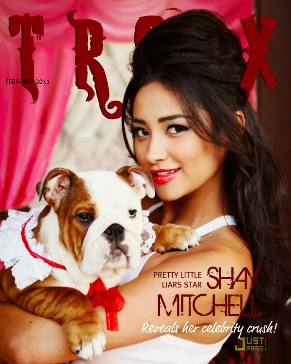 Shay Mitchell (Pretty Little Liars).